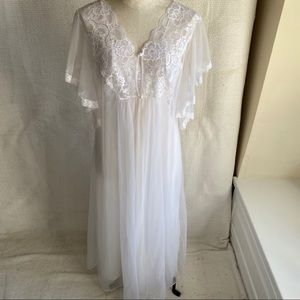 Vintage 70s 80s Lace Gown & Angel Robe Set White